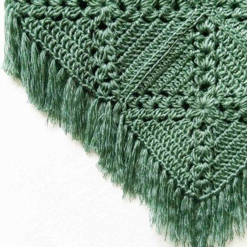 Pine cross summer top free crochet pattern close-up on fringe detail