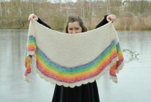 rainbow shawl 3 mic scaled