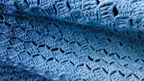 Callatis - free C2C triangle shawl draping detail