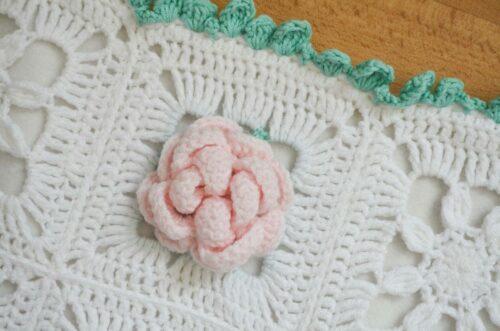 Dear Rose granny square blanket 4