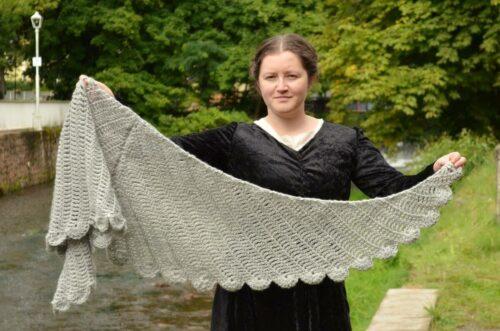 Dove wings shawl 2